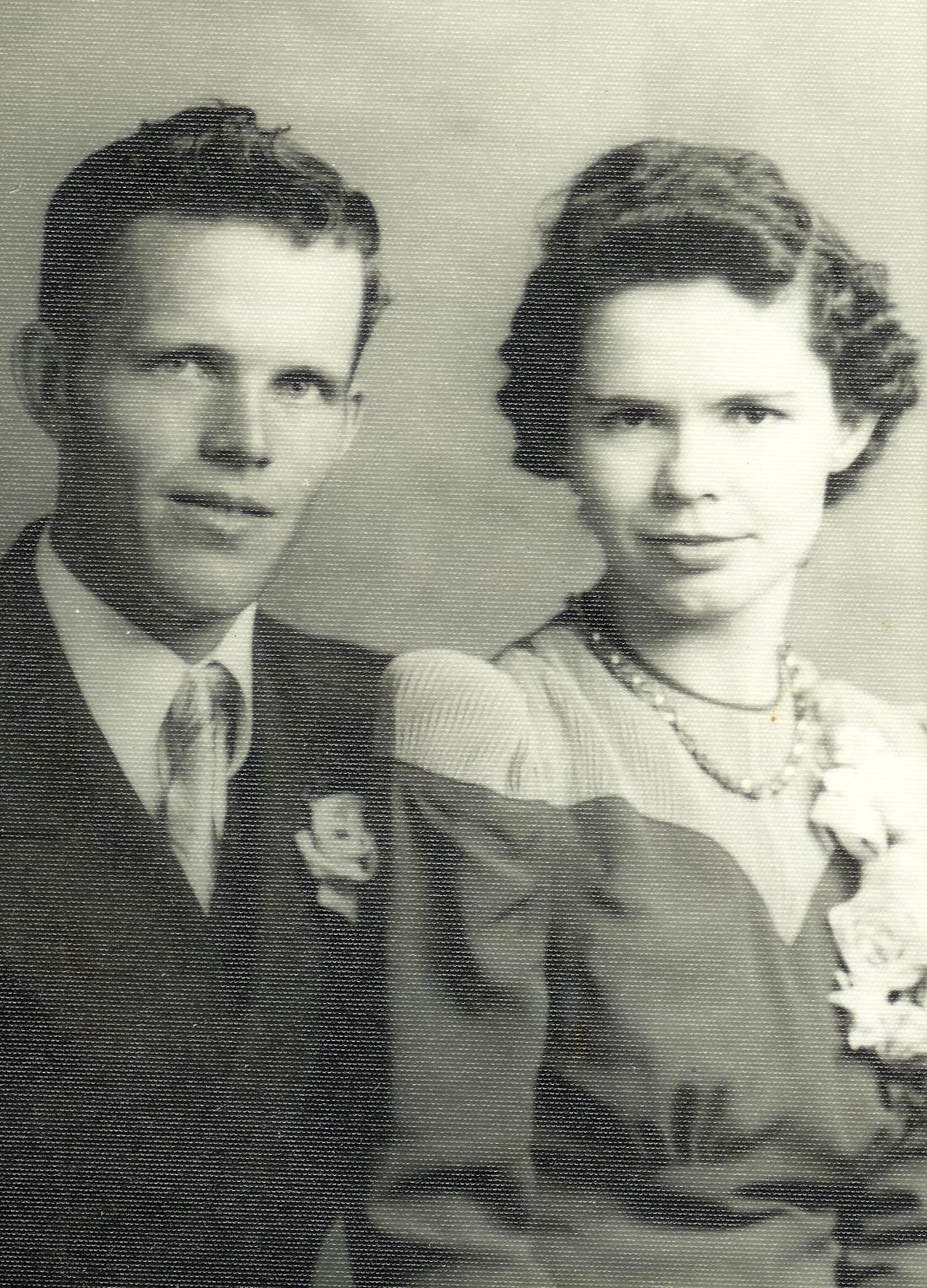 #21.1=Russell & Clarice Noorlun(Wedding Day, June 21st, '41)