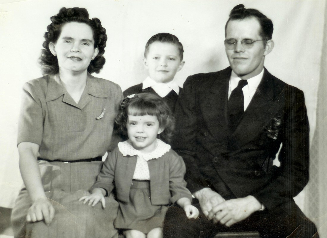 #356=Russ&Clarice, Lowell&Rosemary; Nov. 1949