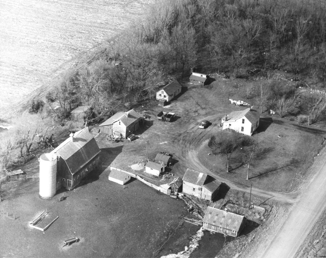 #668 Aerial of Kiester farm 001