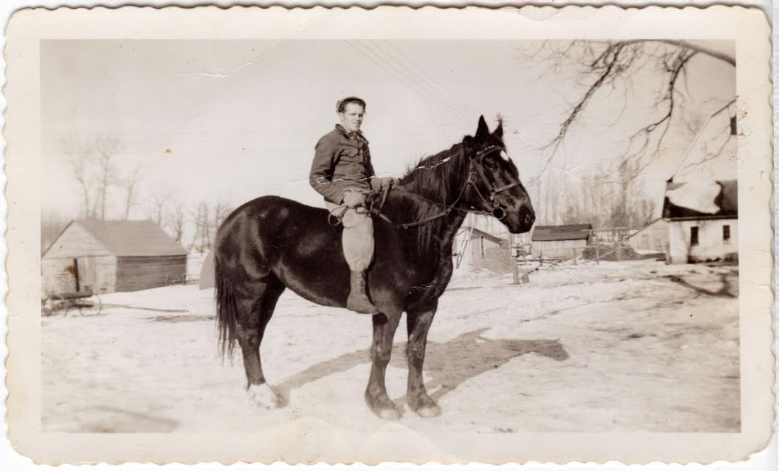 Dad on horse at Hoveland Farm