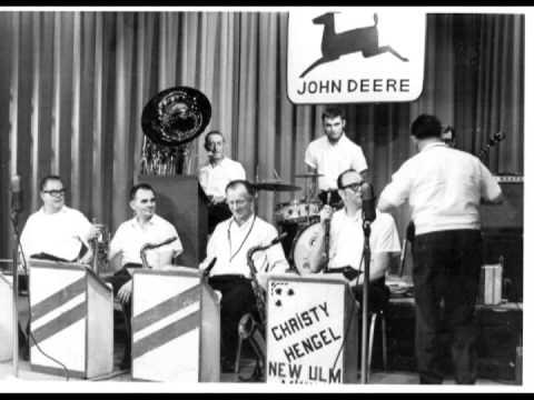 John Deere Bandwagon 1