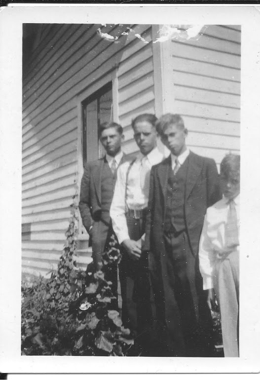 #911 Russ w 3 brothers(Ray, Doren, Erwin)