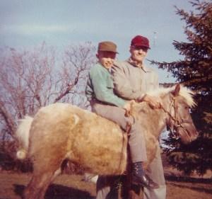 #65=Elliott on Little Lady with Morton Holstad, 1963
