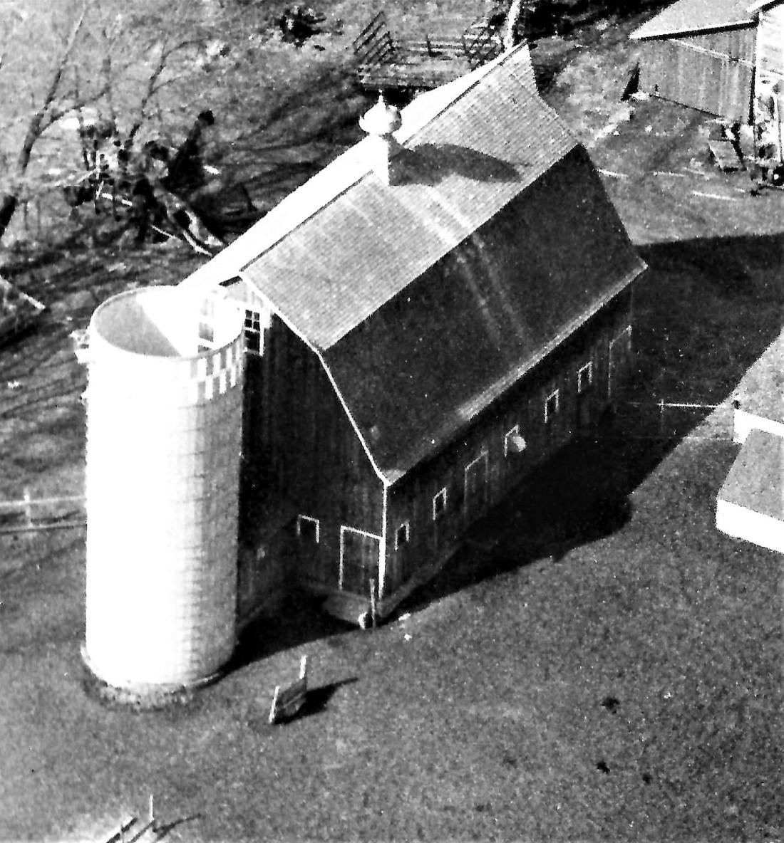 #668.1 Aerial of Kiester farm 001