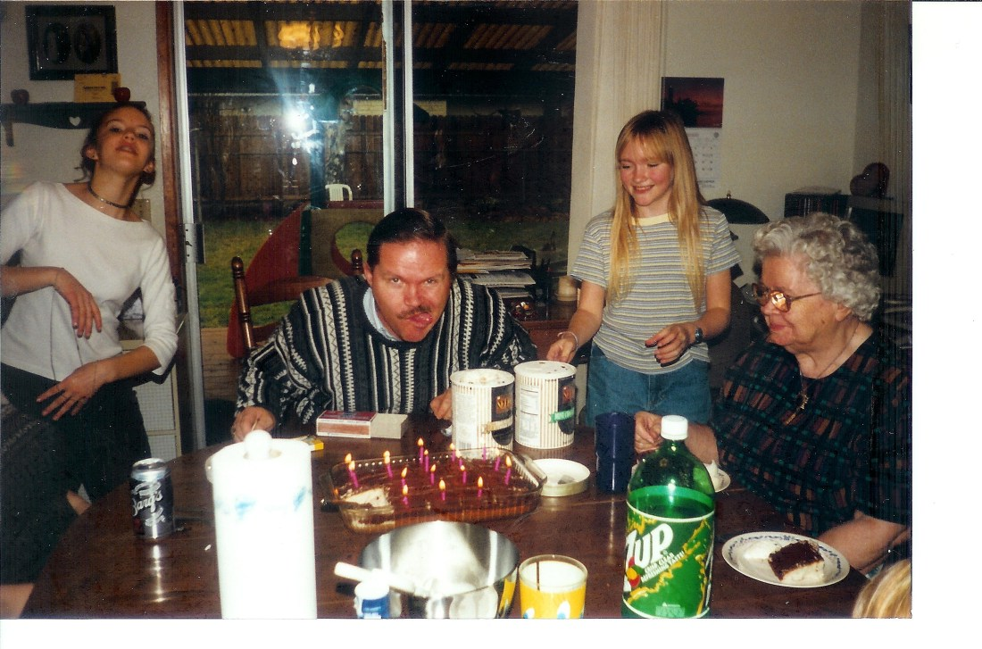 #176=Elliott BD with family; circa 1998