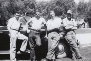 #971 Ray, Gaylord, Doren and Russell Noorlun at Kiester, MN farm.