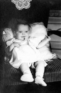 #402=Rosemary Arlone Noorlun; circa Fall 1946