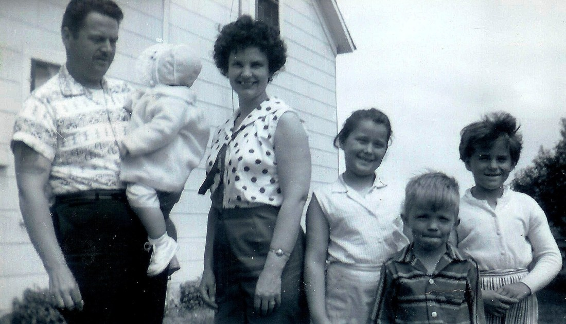 #104=Elliott with Gene Smith family at our farm; 1962 maybe