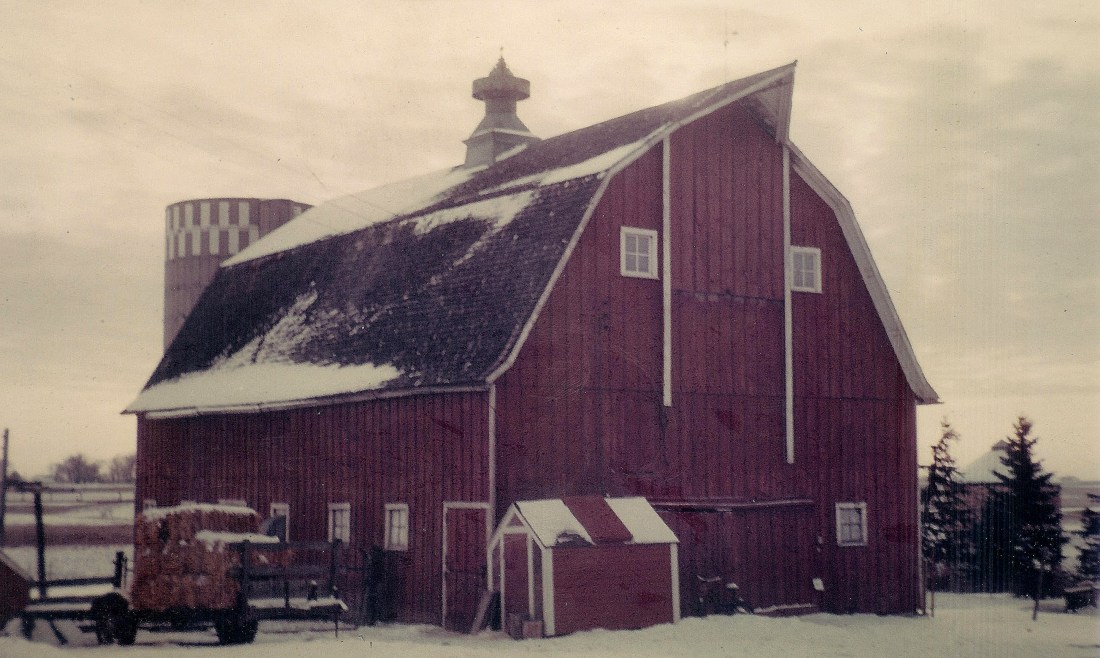 #68=Barn in Kiester, MN...looking SW