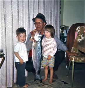 #996 4.1969 Dad's 1st Salmon w Debbie n Dougie