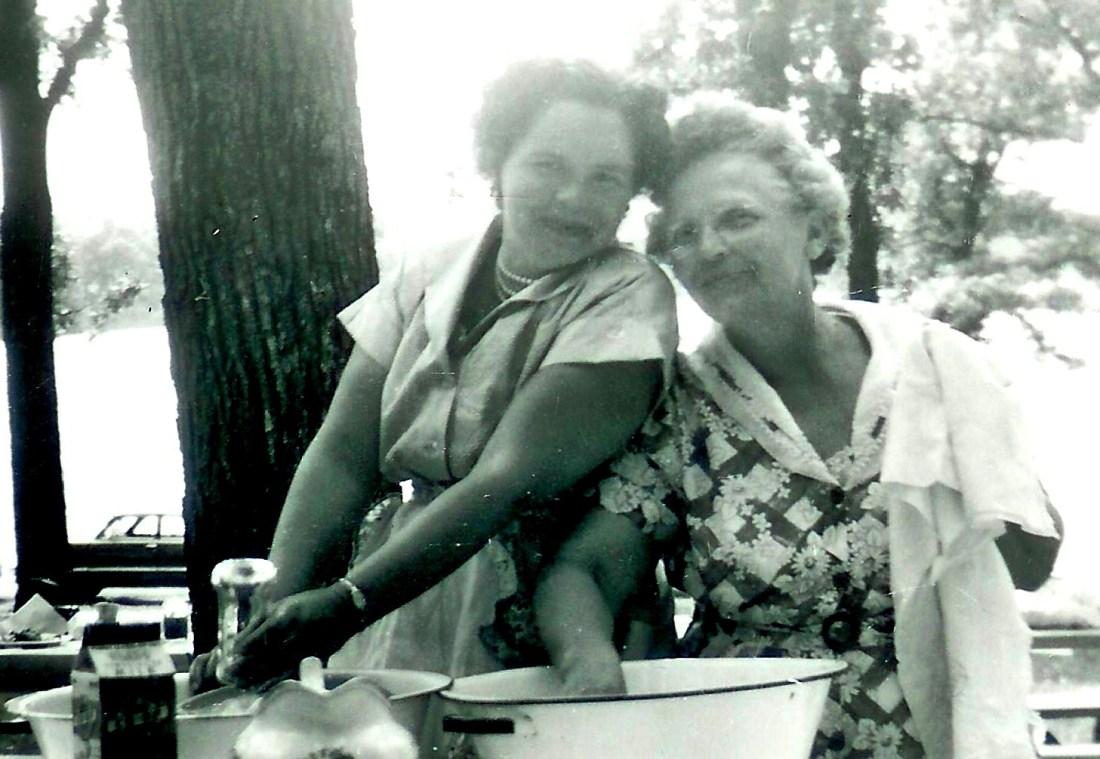 #272=Clarice & G. Amanda at family reunion; June 27, 1954