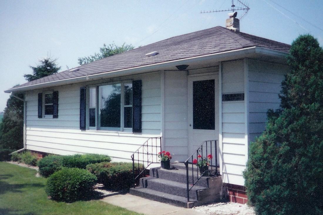 #180=Oda & Evert Meyer home; June 1998