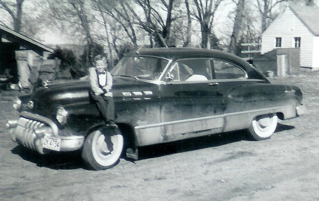 #119=Elliott on Buick, Sunday morning of Spring 1960