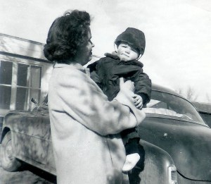 #142=Clarice&Elliott at Heitzegs; circa March 1955