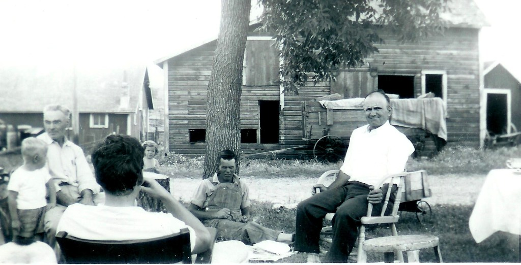 #266=Picnic at Noorlun farm; circa 1950