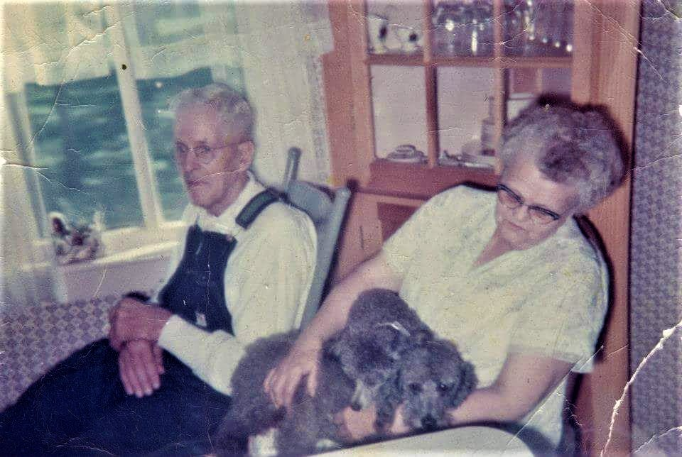 #895 Edwin & Marie Noorlun. Early 1960's. Lake Mills, Iowa