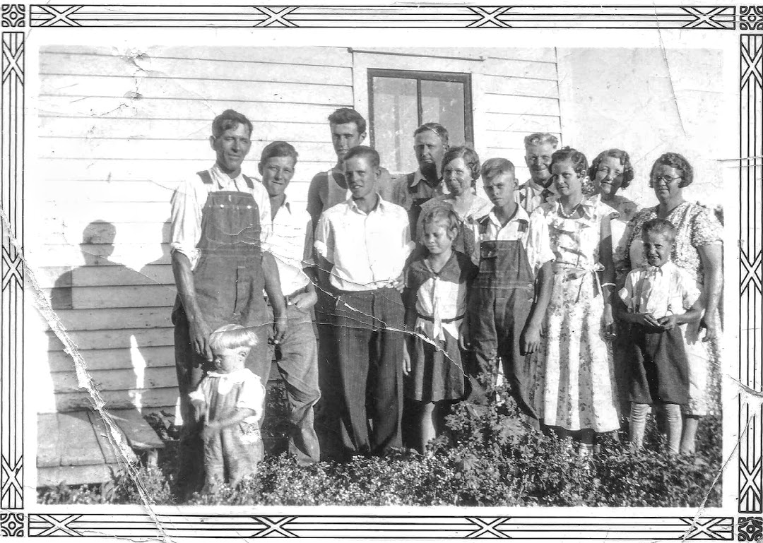 #902 Russell Noorlun and family. Early 1930's