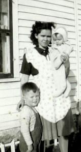 #263=Clarice, Lowell & Rosemary; circa Fall 1946