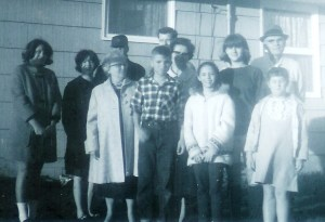 #251=Clan at Aunt Bev's; Fall 1965