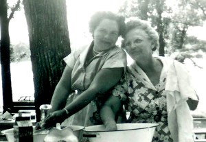 #272=Clarice & G. Amanda at family reunion; June 27, 1954
