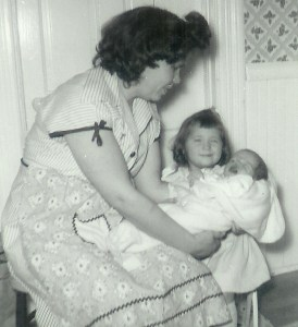 #63=Elliott crying with Mom and Brenda Smith, Jan. '54
